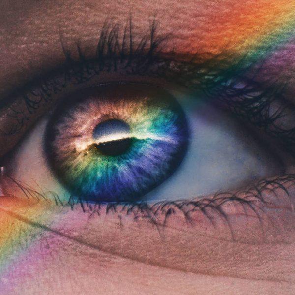 woman-colored-eye-